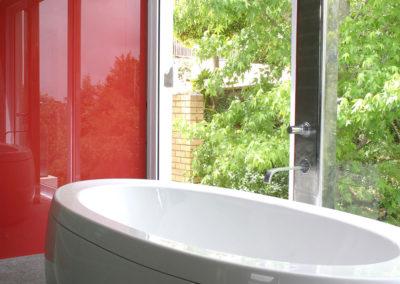 Bathroom-glass-splashback2