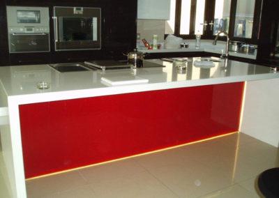 kitchen-coloured-glass