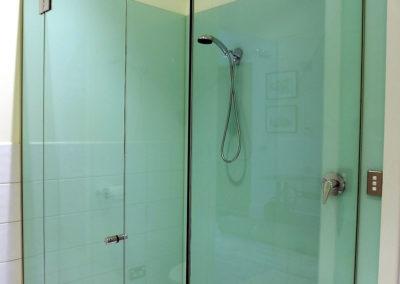 shower-glass-splashback3
